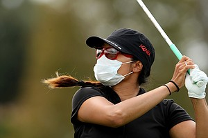 Jimin Kang hits her tee shot at No. 11 on Saturday at the CME Group Titleholders at Grand Cypress in Orlando, Fla.