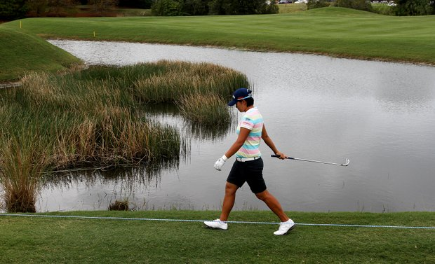 Yani Tseng makes her way along the 11th hole on Saturday at the CME Group Titleholders at Grand Cypress.