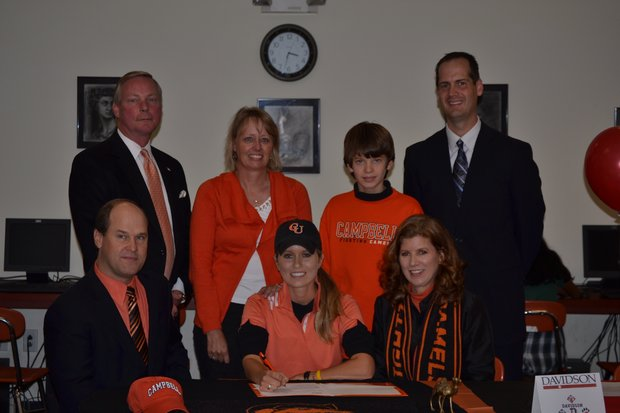 Mary-Kate Holanek signs with Campbell.