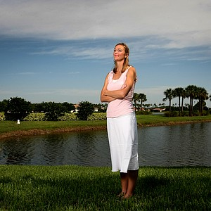 Catherine Cartwright Tumbleson, who stands 6-foot-1-inch was an exempt player on the LPGA for three years, leaving after the 2006 season.