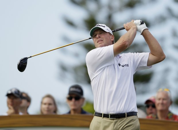 Steve Stricker follows his drive from the third tee during the final round of the Hyundai Tournament of Champions.