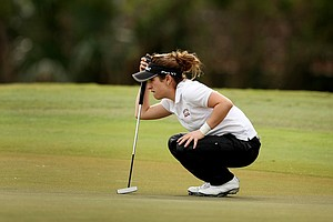 Flor Canedo lines up a putt at No. 9 during the first round. Canedo shot a 76 on Wednesday.