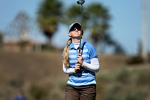 Alison Armstrong reacts to her putt at No. 17.