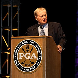 Jack Nicklaus gives the Golf 2.0 Keynote Address at the opening of 2012 PGA Merchandise Show.