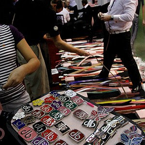 Druh belts and buckles sold belts at a discount during the final day at the 2012 PGA Merchandise Show. They offer 60 different buckles.