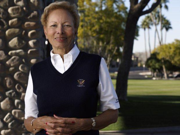Barbara Douglas was the first minority leader of the USGA Women's Committee.