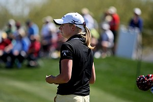 Stacy Lewis posted a 68 during the first round of the RR Donnelley Founders Cup.
