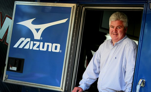 """Mizuno's Dick Lyons, vice president and general manager of Mizuno Golf USA, has one simple philosophy on club fitting: """"We don't fit by gender, age or handicap. We fit by how you swing the golf club. If mixing the clubs is the best fit, that's what we do."""""""