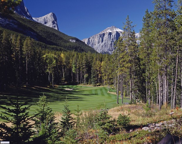 No. 5 at Stewart Creek Golf Club