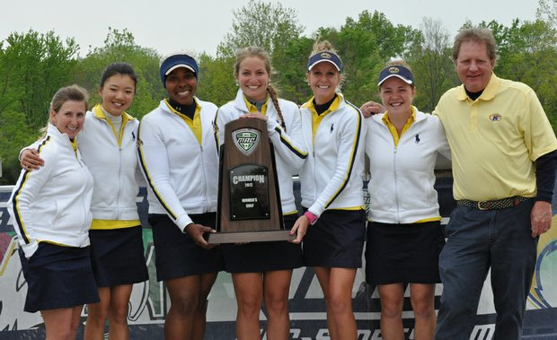 The Kent State women after winning the Mid-American Conference Championship.