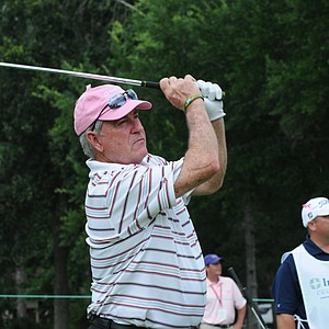 Dave Stockton hitting an iron at the 16th hole at the Houston Greats of Golf Challenge.