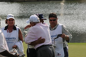 David Graham and Lee Trevino on the 18th hole at the Houston Greats of Golf Challenge.