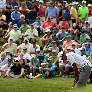 Tiger Woods reacts to missing his birdie putt at No. 18 on Saturday at The Players Championship at TPC Sawgrass.