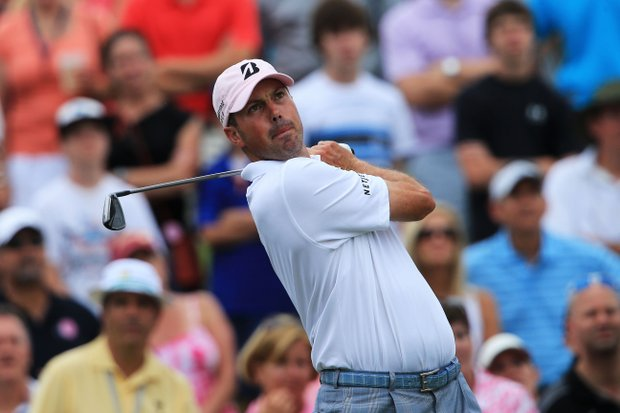 Matt Kuchar hits his tee shot on the third hole during the final round of THE PLAYERS Championship.