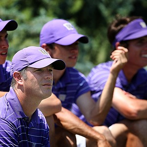 Washington head coach Matt Thurmond with his team as they watch the last group come in during the final round of the Southwest Regional Championship. Washington posted a tournament score of 860.