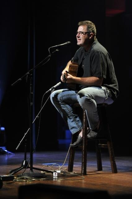 Vince Gill performed an intimate set at the Franklin Theatre for the NCAA participants.