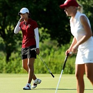 USC's Doris Chen (left) had her worst round of the week during the final of the 2012 NCAA Division I Women's Golf Championships.