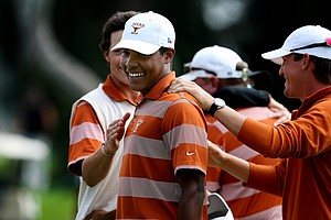 Julio Vegas birdied the final three holes to give Texas a win over Oregon during semifinals of Match Play at the 2012 NCAA Championship. Texas will face Alabama in the finals.