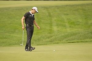 Camilo Villegas misses his bogey putt on the 17th hole during the 2012 U.S. Open Sectional Qualifying at Scioto Country Club in Columbus, Ohio on Monday, June 4, 2012.