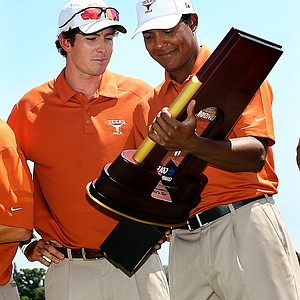Dylan Frittelli and Julio Vegas of Texas with the National Championship trophy.