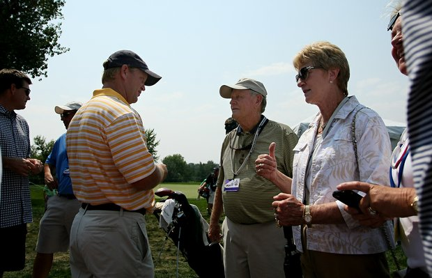 Gary Nicklaus (left) talks with his father, Jack, and mother, Barbara, after stroke play Tuesday at the 112th U.S. Amateur Championship at Cherry Hills near Denver.