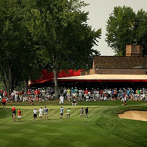 A large crowd gathers to watch the end of the Thomas Pieters and Jordan Spieth match during the Round of 64 at the 112th U. S. Amateur Championship. Pieters defeated Spieth 1 up.