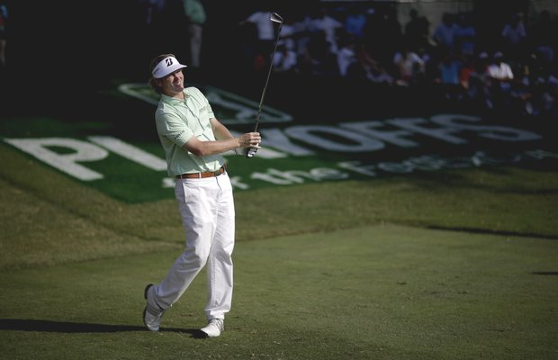 Brandt Snedeker tees off the 18th hole during the third round of the Tour Championship golf tournament on Saturday, Sept. 22, 2012, in Atlanta. (AP Photo/David Goldman)