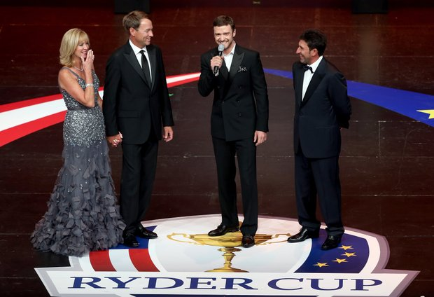 Jose Maria Olazabal and Davis Love III with Justin Timberlake during the 39th Ryder Cup gala at Akoo Theatre at Rosemont on September 26, 2012 in Rosemont, Illinois.
