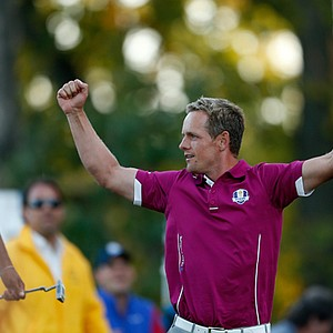 Luke Donald of Europe reacts to his tee shot on the 17th hole during day two of the Afternoon Four-Ball Matches for The 39th Ryder Cup at Medinah Country Club.