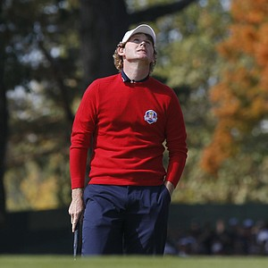 USA's Brandt Snedeker reacts after missing a putt on the first hole during a singles match at the Ryder Cup PGA golf tournament Sunday, Sept. 30, 2012, at the Medinah Country Club in Medinah, Ill.