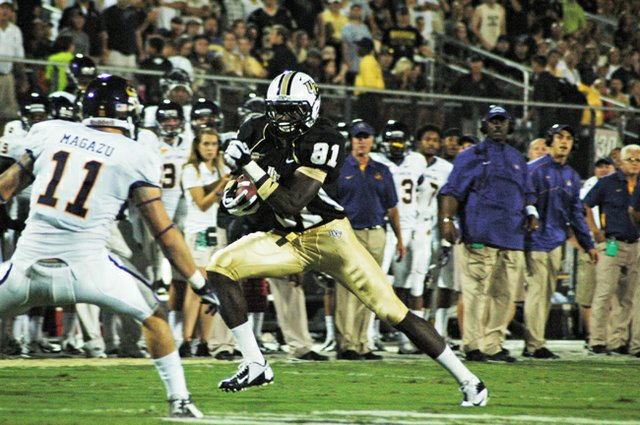 Freshman receiver Breshad Perriman evades defenders during UCF's 40-20 win over East Carolina Oct. 4.