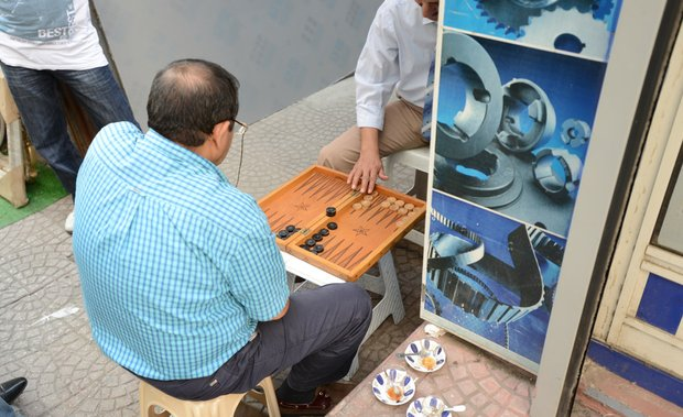 Backgammon is a popular pastime on the streets of Istanbul.