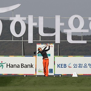 INCHEON, SOUTH KOREA - OCTOBER 19: Char-Young Kim of South Korea plays a shot on the 6th hole during the first round of KEB-HanaBank Championship at Sky 72 Golf Club Ocean Course on October 19, 2012 in Incheon, South Korea.