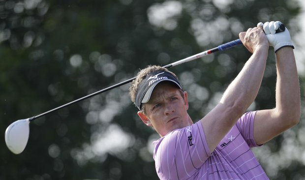 England's Luke Donald tees off on the 17th hole during the first round of Abu Dhabi HSBC Golf Championship, Thursday, Jan. 26, 2012 in Abu Dhabi, United Arab Emirates.