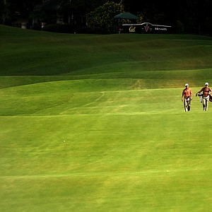 California, Texas and Illinois make their way down No. 7 during the Isleworth Collegiate Invitational. California won the event.
