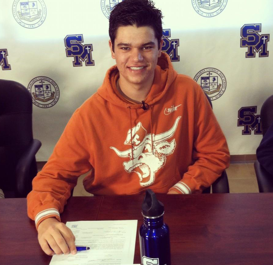 Beau Hossler signs with Texas