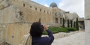 A trip to Israel: Stars spread gospel of golf