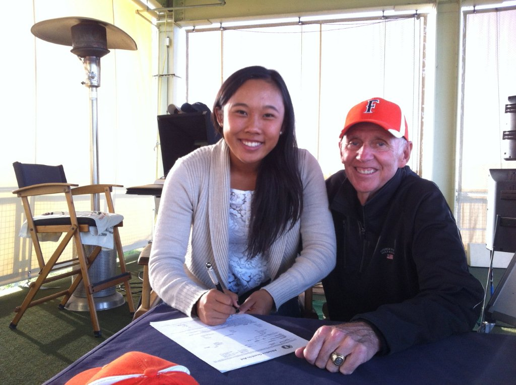 Michelle Thompson signs with California State-Fullerton