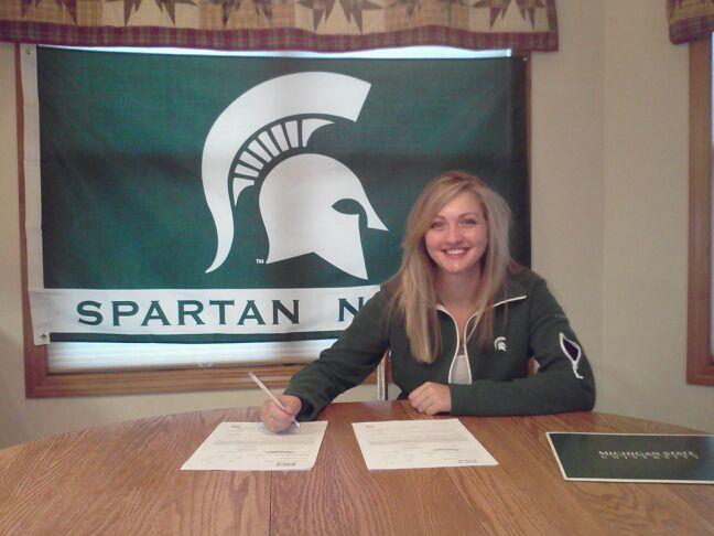 Kelly Grassel signs with Michigan State