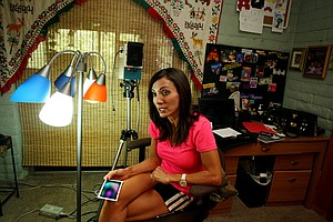 Psychic Jamie Jones talks about her aura readings while at the Center for New Age Store in Sedona, AZ.
