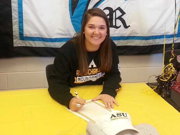 Hannah Craver signs with Appalachian State