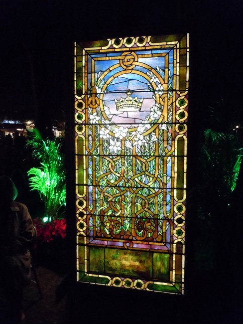 On Thursday, Dec. 6, at 6:15 p.m. the Tiffany windows at the Morse Museum will light up, as they do every year, in celebration of Christmas in the Park.