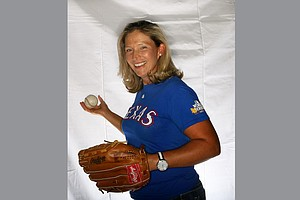Angela Stanford loves watching The Texas Rangers when off the course.
