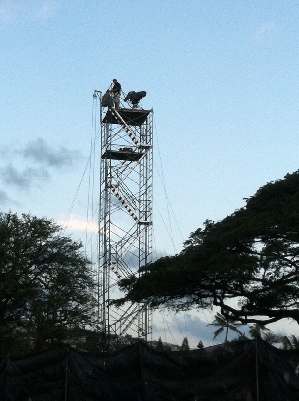 TGC sets up the Driving Grid camera tower for the Sony Open.