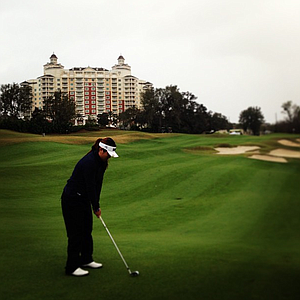 Amy Lee plays from the 18th fairway during the Annika Invitational Junior-Am.