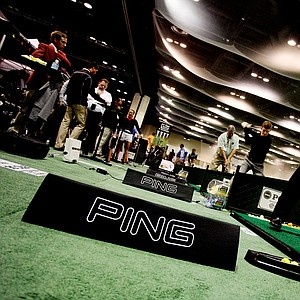 Dave Peterson hits the Ping tour flex G25 driver while attending the 2013 PGA Merchandise Show.