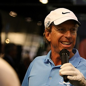 Bobby Clampett interacts with the crowd at the 2013 PGA Merchandise Show.