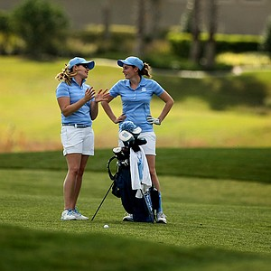 North Carolina assistant Leah Wigger with Katherine Perry at No. 18 during the UCF Challenge at Red Tail Golf Club in Sorrento, Fla.