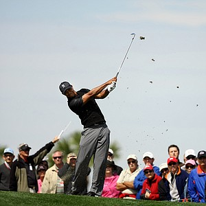 Tiger Woods tees it up for a second time at No. 17 during the Honda Classic on Saturday.