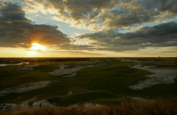 A view of No. 1 Blue from the teebox at Streamsong Golf Resort.